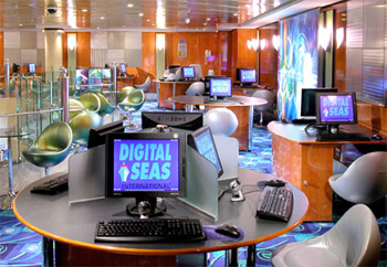 Internet Access For Employees Onboard A Cruise Ship - Internet connection on cruise ships